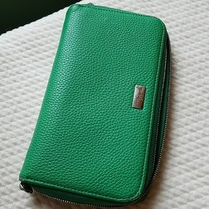 Ladies Jewell wallet by thirty one